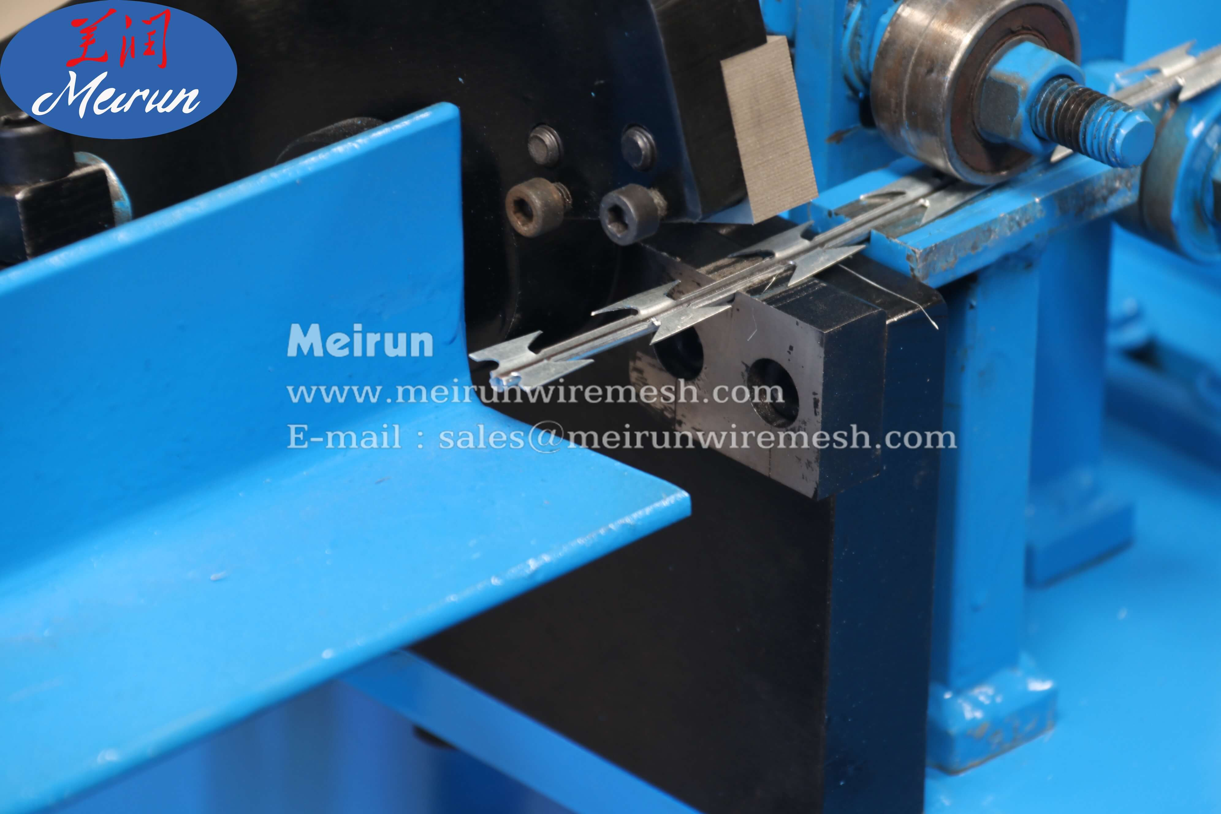 Razor Guarding Fence Mesh Panel Welding Straight Machine